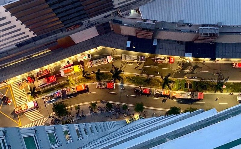 MANILA. Fire fighters respond to a fire incident at Glorietta shopping mall in Makati at about 6 p.m, Sunday, May 19, 2019. (Photo courtesy of Heiderose Stee Facebook)