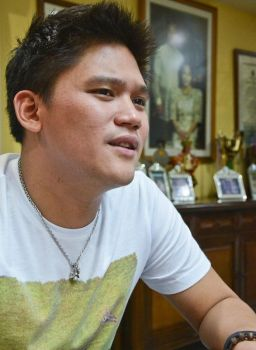 PLANS FOR POLL POSTERS. Talisay City Mayor-elect Gerald Antony Gullas says the campaign materials that will be taken down will be recycled. (SunStar file photo)