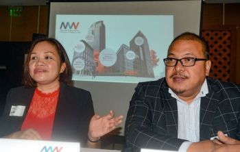 FILLING A GAP. Wan Pacific Empire Ventures president Lydwena Eco (left) and McGordon Consulting Groups chairman Manuel Gordon say their partnership aims to help landowners develop their properties professionally. (SUNSTAR FOTO / ARNI ACLAO)