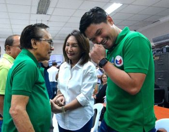 CEBU. What did Cebu governor-elect Gwendolyn Garcia (middle) say to Cebu first district congressman-elect Eduardo Gullas (left), or other way around, to elicit laughter from his grandson, Talisay City mayor-elect Samsam Gullas? The Gullases, who ran under the Nacionalista Party in the May 13, 2019 elections, swapped positions. (SunStar/Amper Campana)