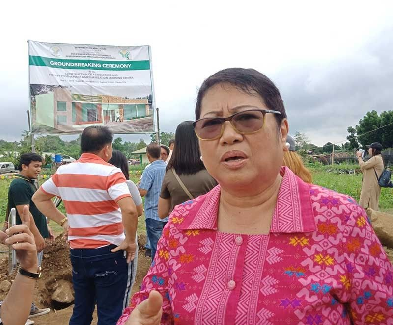 Bureau of Fisheries and Aquatic Resources (BFAR) 11 Regional Director Fatma announced that the Red Tide warning on shellfish in the coastal waters of Santa Maria in Davao Occidental is now lifted. (Lyka Casamayor)