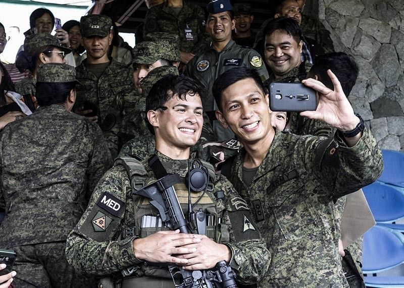 BAGUIO. Celebrity and now Second Lieutenant Matteo Guidicelli joins the Army Caravan at the Philippine Military Academy (PMA) on May 20 to inspire graduating cadets to join the army. (Photo by Jean Nicole Cortes)