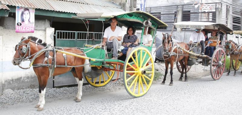 PAMPANGA. Local tourists visiting heritage houses get to experience calesa riding, as part of the Heritage Open House and Free Kalesa Tour spearheaded by the Local Government of San Fernando through its CSFP Arts and Culture Council. (Contributed photo)
