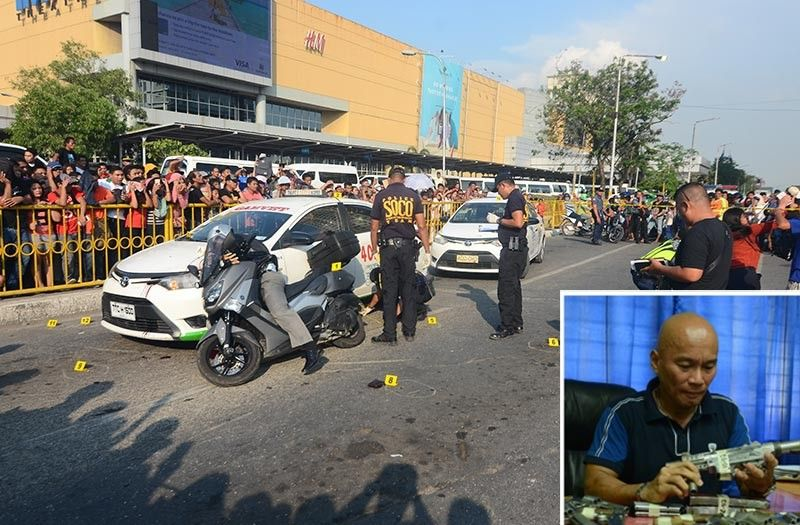 DAYLIGHT ATTACK ON BUSY INTERSECTION. P/Capt. Delfin Bontuyan, 55, slumps on the hood of a taxi after four men riding in tandem on two motorcycles opened fire at him at the busy intersection of Pope John Paul II Ave. and A. Soriano St., Cebu City as the signal light turned green. The men had been following the policeman from the Qimonda court building where he attended a hearing. He had P30,000 with him. (SunStar photo / Alan Tangcawan [Above]; SunStar Archives [Inset])