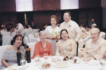 Mr. and Mrs. Antonio Briones Blanco (standing) with dear friends (seated, from left) Rosario V. Utzurrum, Terry Manguerra, Chona Bernad and Don Jaime Picornell.