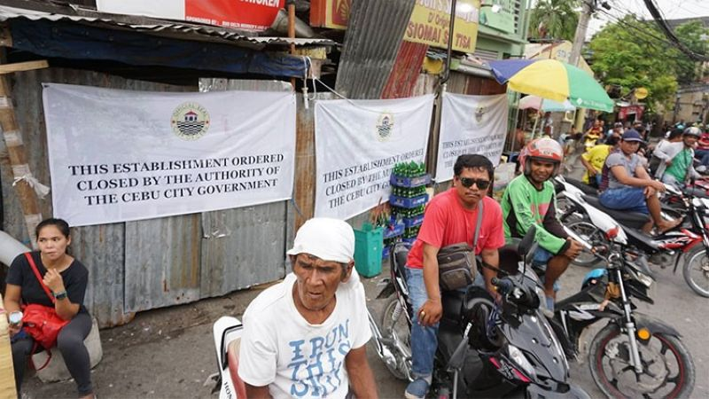 CEBU. The Cebu City Government padlocked Thursday, May 23, the Kuya Jeff's Siomayan in Barangay Tisa, Cebu City. (Alex Badayos)