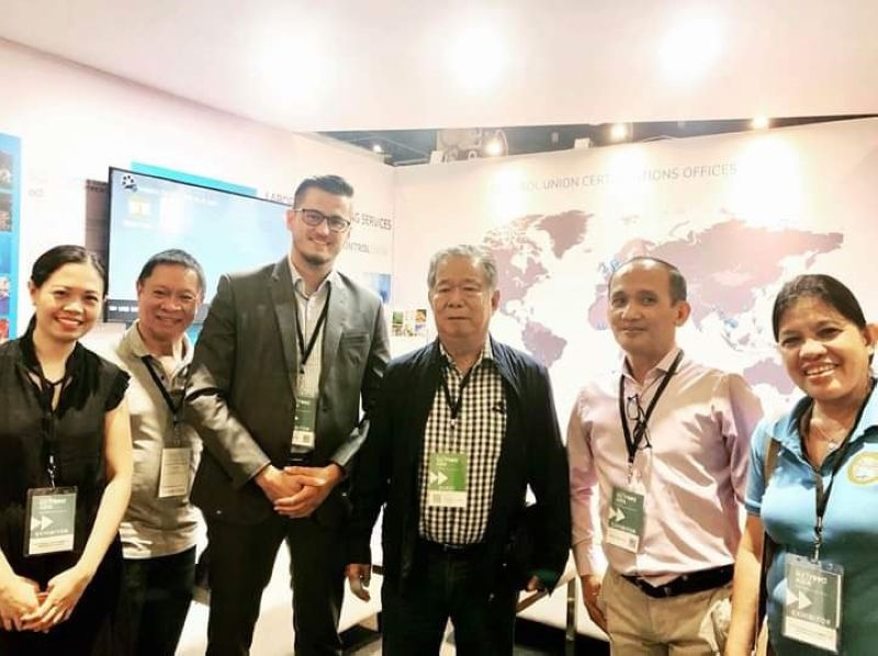Negros Occidental Governor Alfredo Marañon Jr. (third from right) in a meeting with Control Union managing director Wouter van Ravenhorst (third from left) and Marketing officer Allan Duaban (second from right) at the sidelines of the three-day IFEX Philippines 2019 held at the World Trade Center in Pasay City. Also in photo, (from left) Provincial Supervising Tourism Operations officer Cristine Mansinares, Provincial Agriculturist Japhet Masculino and Provincial Administrator Lucille Gelvolea. (Contributed photo)