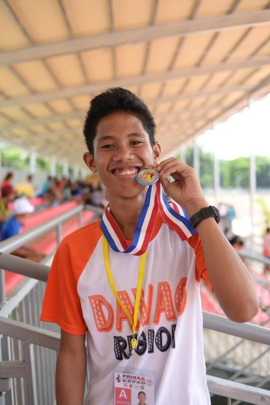 VINDICATION. After failing to finish his race in Davraa Meet due to injury, Jericko Juyo staged a huge comeback by winning two gold medals in the recently-concluded National Prisaa Games 2019. MARVIN PONCE