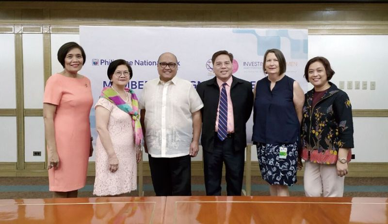 EMPOWERING WOMEN. The Philippine National Bank (PNB) joins Philippine Business Coalition for Women Empowerment (PBCWE) as part of its effort to promote gender equality in the workplace. In the photo are (from left) Philippine Women's Economic Network chairperson and PBCWE co-chairperson Ma. Aurora Geotina-Garcia, PNB chairperson Florencia Tarriela, PNB president and chief executive officer Wick Veloso, PNB senior vice president and human resource group head Schubert Caesar Austero, Investing in Women's Jenny Clement, and PBCWE program manager Amor Curaming. (Contributed foto)