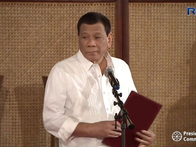 MANILA. This photo was taken on Monday, May 27, 2019, shortly after President Rodrigo Duterte administered the oath to newly appointed generals and flag officers at the Malacañan Palace. (Photo from Palace video)