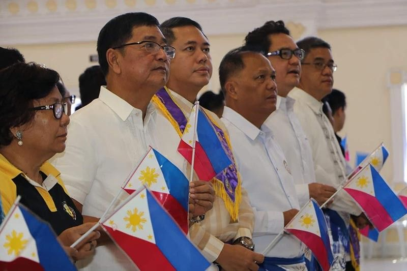 PAMPANGA. City of San Fernando Mayor Edwin Santiago is joined by Masons during commemoration of National Flag Day at Heroes Hall Tuesday, May 28, 2019. Santiago has reminded fellow Fernandinos to be nationalistic and give honor to our national flag. (Chris Navarro)