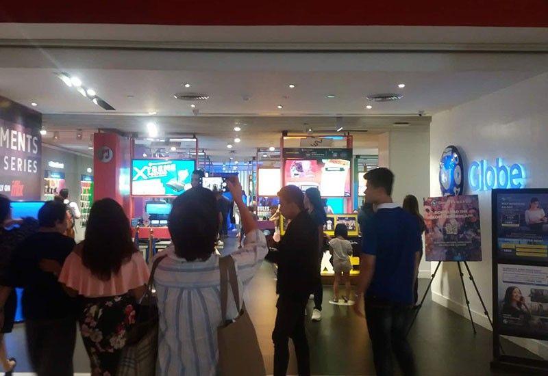 GLOBE STORE: Ang Globe Store sa Ayala Center Cebu diin nahimotang ang Globe myBusiness corner. (Tampo)