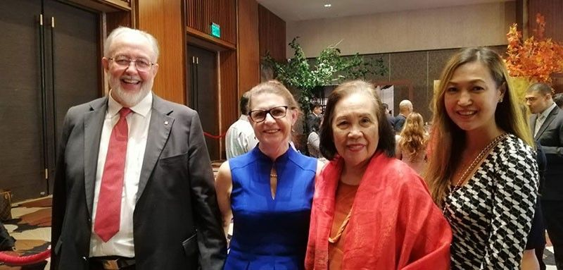 AT THE RECEPTION LINE. Australian Ambassador Steven J. and Rhoda Robinson, MCE and Jaja Chiongbian Rama during dinner reception.