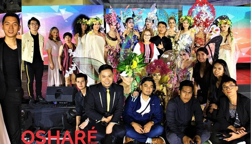 BAGUIO. Some members of the De Stijl Image Production team, participating models, media, influencers and guests. (Photo by Osharé)