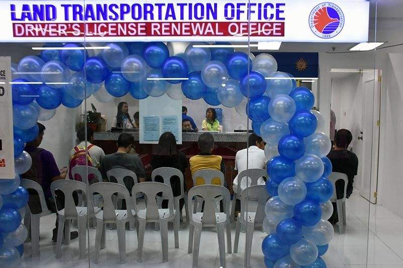 BAGUIO. Residents of Baguio City can now transact at the new Land Transportation Office – Driver's License Renewal Office Porta Vaga Mall along Session Road located at the heart of the city. (Photo by Redjie Melvic Cawis)