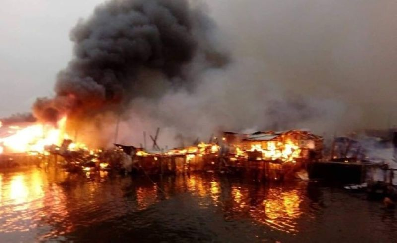 BACOLOD. Early morning fire razes 222 houses at Purok Cagaycay in Bacolod City Monday, June 10. (Photo courtesy of Aksyon Radyo Bacolod)