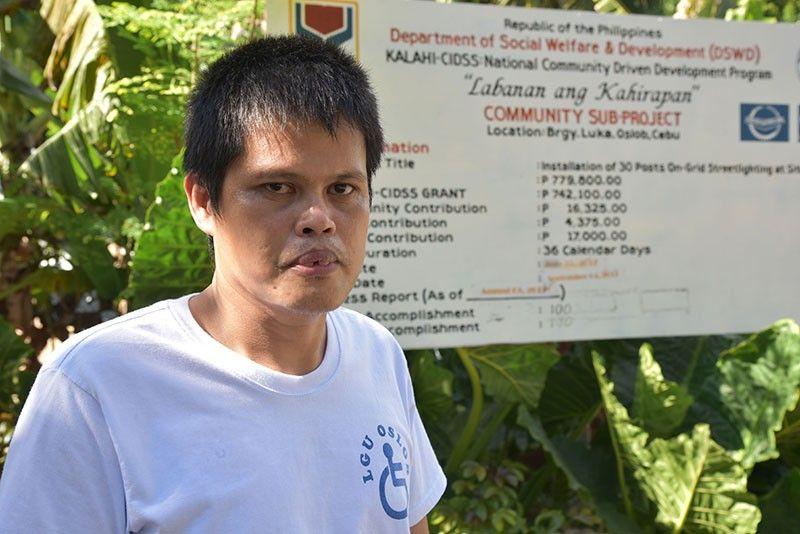 LIDER: Si Alejandrino Luzano mapasigarbuhon sa iyang kaugalingon  ug lider sa kahugpongan sa person-with-dissability (PWD). (Tampo)