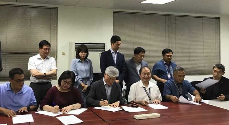 MISAMIS. Philippine and South Korean officials sign an agreement to return imported plastic waste to South Korea by June 30, 2019. (Contributed Photo)