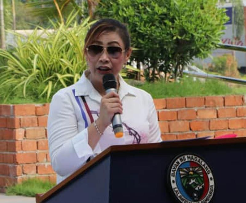 PAMPANGA. Outgoing Magalang Mayor Malu Paras-Lacson describes her stint as a short but meaningful experience during the recent Independence Day celebration of the town. (Photo by Chris Navarro)