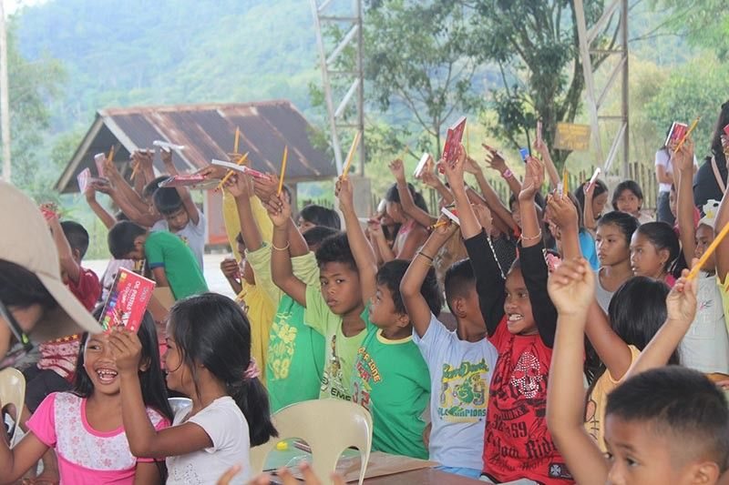 Art Workshop ug Community Screening sa Manolo Fortich Bukidnon (Hulagway tampo PEF)