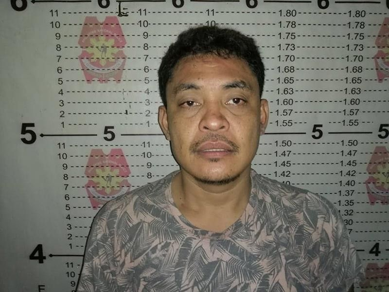 Ang mugshot sa suspek atol sa pagkasikop sa kapulisan. (Hulagway sa PRO-Davao Region)
