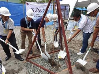 PAMPANGA. LTFRB Chairman Martin Delgra III, DOTr Assistant Secretary for Special Concerns Manuel Gonzales, LTFRB Board Member Ronaldo Corpus, and other officials lead the groundbreaking for the construction of a 3.5-hectare vehicle impounding area in Barangay La Paz, Magalang town. (Contributed photo)