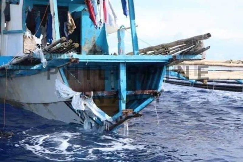 WEST PHILIPPINE SEA. Filipino fishing boat F/B Gemver sank after being hit by a Chinese vessel while it was anchored near Recto Bank in the West Philippine Sea on June 9, 2019. (Philippine Navy Photo)