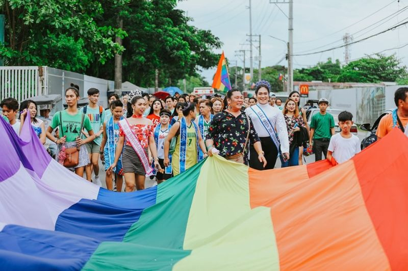 PAMPANGA. Fernandino members and advocates of the Lesbian, Gay, Bisexual, and Transgender (LGBT) community marched along the city downtown streets on June 15, 2019 for the annual