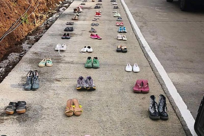 MARAWI. Around a thousand pairs of footwear are placed along the Sarimanok-Sagonsongan Diversion Road in Marawi City, symbolizing the civilians killed during the Marawi siege two years ago. (Photo courtesy of Leah Tarhata Mehila)