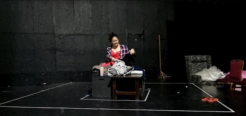 MANILA. Venise Buenaflor, the actor of Wala Nang Bata Dito, doing rehearsals and technical run at CCP last June 11, 2019. (Contributed photo)