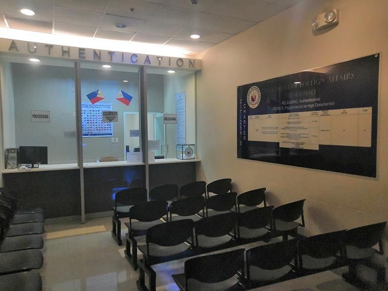 AUTHENTICATION CENTER. The Department of Foreign Affairs opens its authentication center in Davao City, the first outside Luzon. (Ace Perez)