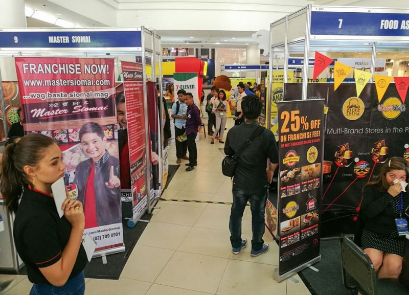"""WANTED: NEW FRANCHISEES. The Philippine Franchise Association wants to grow the country's community of entrepreneurs through franchising. The """"Franchise Negosyo para sa Cebu"""" expo, which runs from June 21 to 23, 2019 in Ayala Center Cebu, showcases various products and services that are open for franchising. (SUNSTAR FOTO / ARNI ACLAO)"""