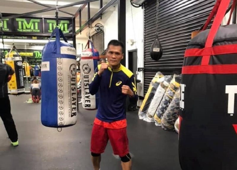 "Mark John ""The Journey Man"" Yap sulod sa Mayweather Gym sa Las Vegas. (Hulagway gikan sa Facebook page ni Mark John Yap)"