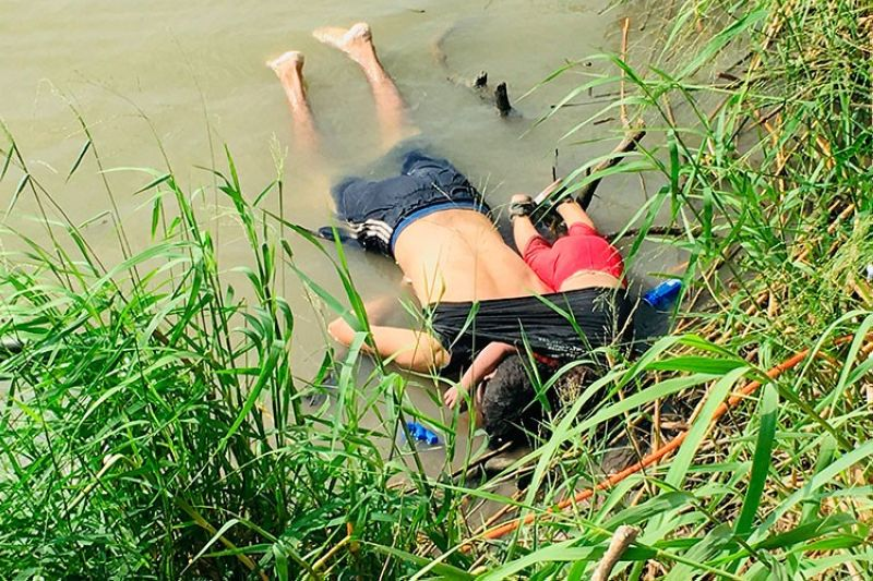 MEXICO. The bodies of Salvadoran migrant Oscar Alberto Mart nez Ram rez and his nearly two-year-old daughter Valeria lie on the bank of the Rio Grande in Matamoros, Mexico, Monday, June 24, 2019, after they drowned trying to cross the river to Brownsville, Texas. Martinez' wife, Tania told Mexican authorities she watched her husband and child disappear in the strong current. This photograph was first published in the Mexican newspaper La Jornada. (AP)