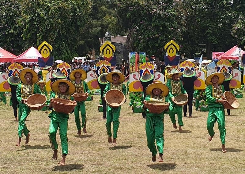 BENGUET. Performers from Isabela with their presentation of Balatong Festival wowed the judges as it topped the 18th Matagoan Festival's Enhanced Cultural and Field Dance Competition 2019: Invitational Battle of the Champions in Tabuk City, Kalinga. (Photo by Maria Elena Catajan)