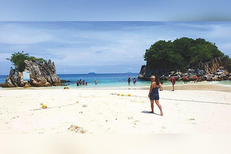 PA TONG BEACH: Ang sikat nga beach resort sa Phuket diin matagbaw ka sa nagkadaiyang party and play activity sa maong lugar.