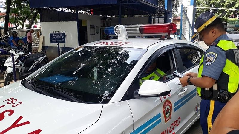 NO EXEMPTIONS. All drivers who entered the Cebu City Police Office, Cebu Provincial Police Office and the Police Regional Office 7 on June 27, 2019 had to show their driver's license and their vehicle's registration at the gate. (SunStar photo / Arnold Bustamante)