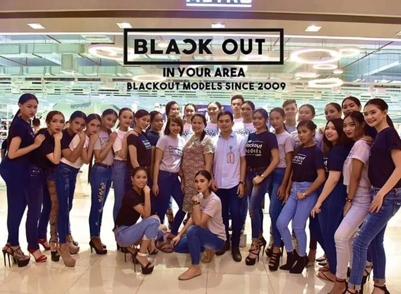 BACOLOD. Bacolod Prime Models together with Mr. Pat Sebunga, Ads & promo officer & Ms. Victoria Ferolino, store manager of Metro Department Store and Supermarket. (Contributed photo)