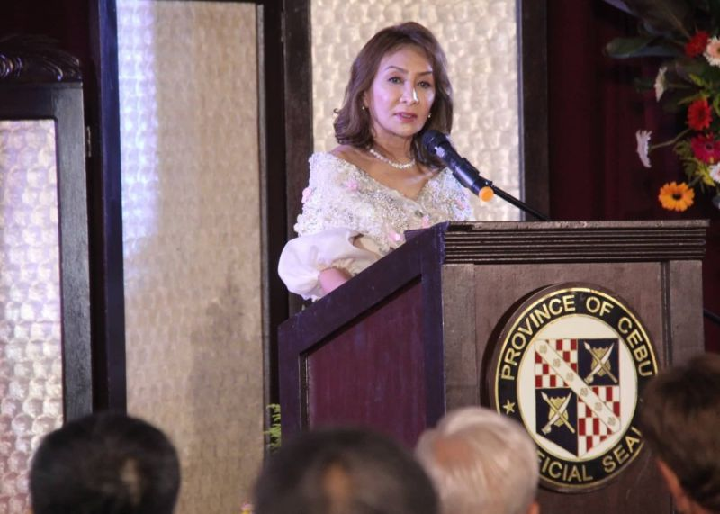 CEBU. Governor-elect Gwen Garcia at the Provincial Capitol social  hall for her inauguration ceremony Sunday afternoon, June 30, 2019. The returning governor is escorted by Senator Francis Tolentino. Guests include Garcia's friends and family, local elected officials and former  presidential spokesperson Harry Roque. (Photo by Amper Campaña)