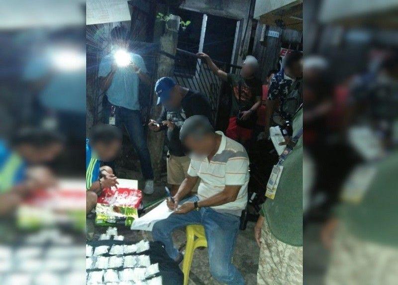 CEBU. Mokabat ngadto sa P8.1 milyon nga balor sa ilegal nga drugas ang nasakmit sa Drug Enforcement Unit sa Barangay Mabolo, Dakbayan sa Sugbo. (Hulagway gikan sa Mabolo Police Station)