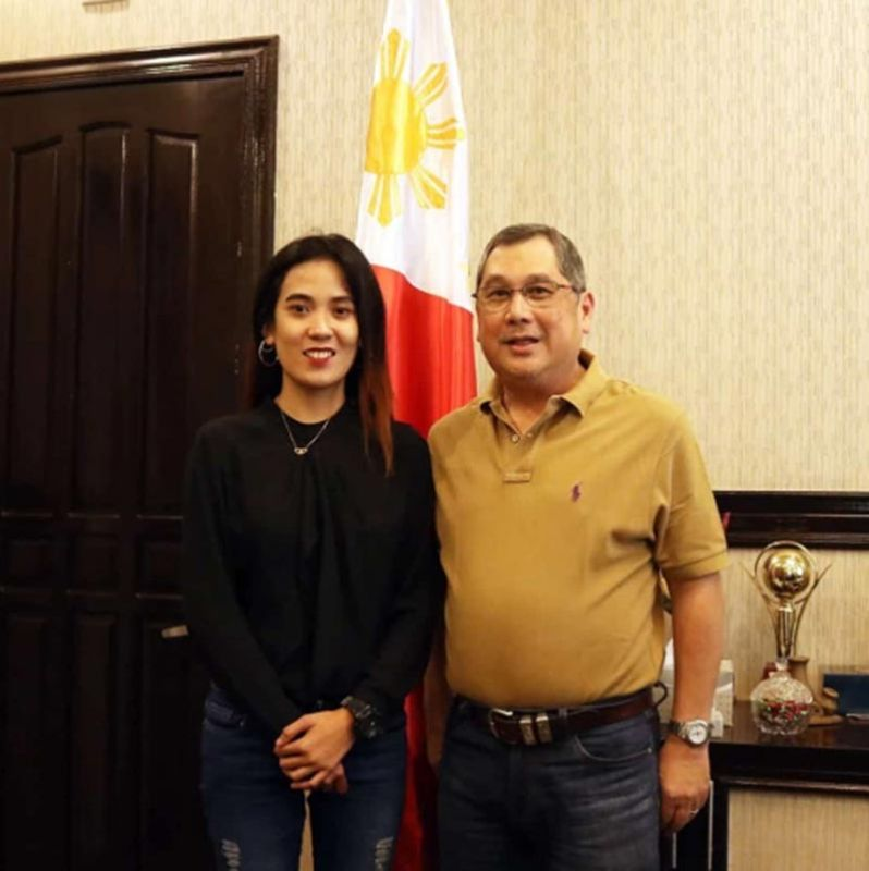 BACOLOD. June 2019 Criminologist Licensure Examination top 3 Rosanie Bulacja (left) with Bago City Mayor Nicholas Yulo in a courtesy visit at the mayor's office Wednesday, July 3, 2019. (Contributed Photo)