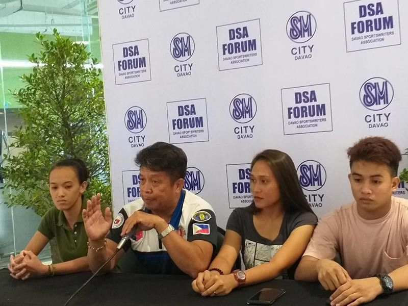 PREDICTION. Arnis master Mario Palazuelo, second from left, says during the Davao Sportswriters Association Forum at The Annex of SM City Davao that the three Davao City-based national athletes have 85 percent chance to make it to final roster for the Southeast Asian (SEA) Games. (Marianne L. Saberon-Abalayan)