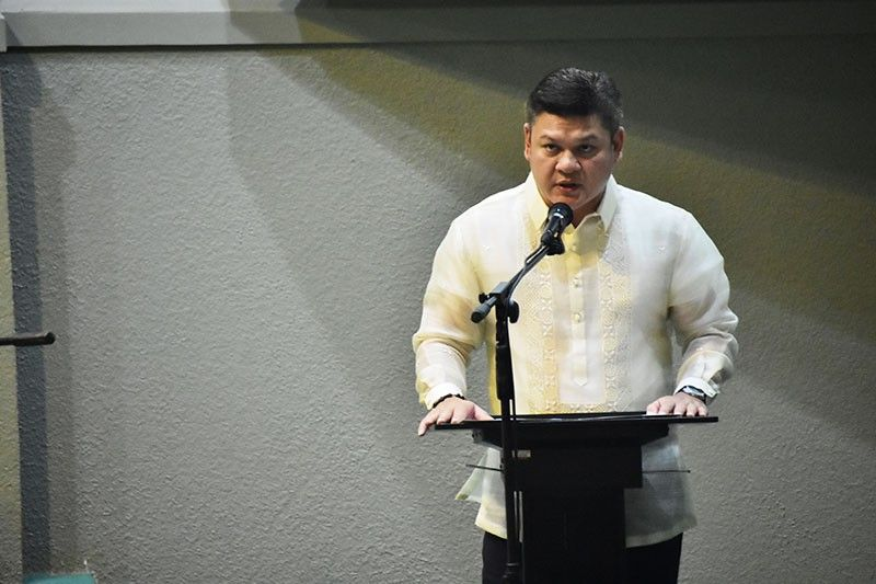 DAVAO. First district representative Paolo Duterte delivering his oath taking speech at the Sangguniang Panlungsod. (Photo by Macky Lim)