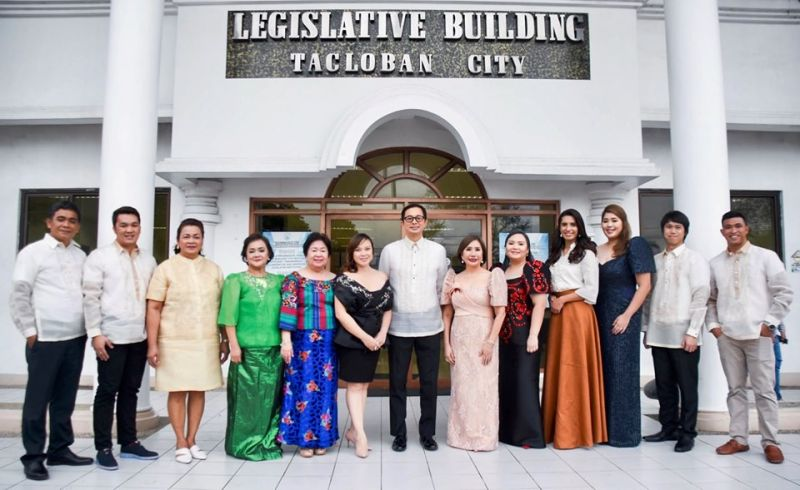 TACLOBAN. Members of the 14th Tacloban City Council headed by Vice Mayor Jerry Yaokasin pose for a photo opportunity during their inaugural session at the Legislative Building on July 3, 2019. (Photo from Sangguniang Panlungsod-Tacloban Facebook page)