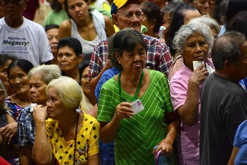 AGED SOCIETY.  A study of the Philippine Institute for Development Studies says the government should prepare its resources to serve the aging population while it continues to invest in human capital. (Sunstar File)