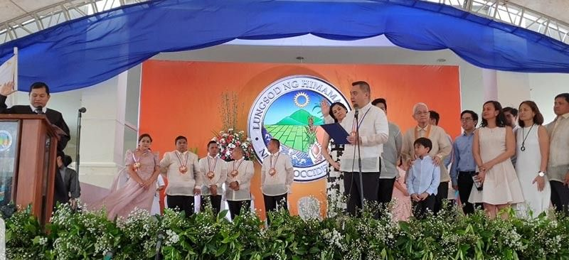 Himamaylan Mayor Rogelio Raymund I. Tongson, Jr. vowed to serve his people and city with transparency, efficiency and fast delivery of services. (Contributed photo)