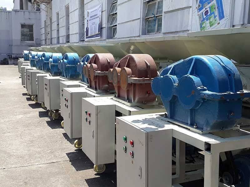UNUSED. The garbage shredders that are now placed at the Capitol grounds, Thursday, July 11, 2019. (SunStar photo / Sheila C. Gravinez)