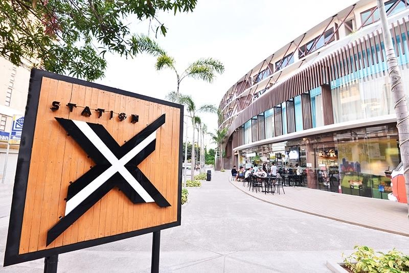 BORACAY. Station X at Hue Hotel. (Courtesy of Station X)