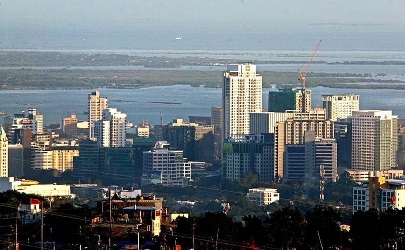BOOMING CEBU ECONOMY. The business community in Cebu hopes that the Philippines' recent recognition as the third Best Country to Invest In or Do Business by CEOWorld will attract investors to locate or open businesses here. (SunStar File)