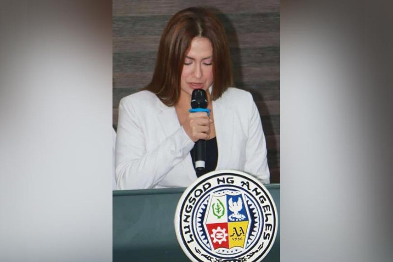 CITY LEGISLATOR. Angeles City Councilor Joan Crystal D. Aguas filed eight proposed ordinances and two resolutions during the 2nd regular session of the Sangguniang Panlunsod the other day. (Chris Navarro)